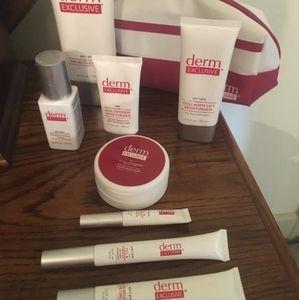 Derm Exclusive Facial Kit